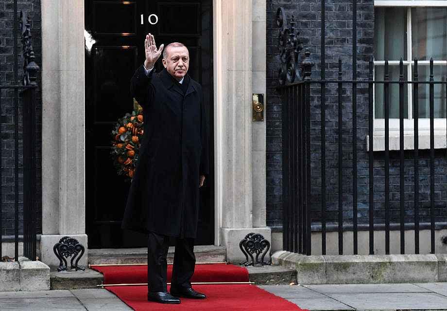 2019/12/cumhurbaskani-erdogan-downing-streette-20191203AW87-2.jpg