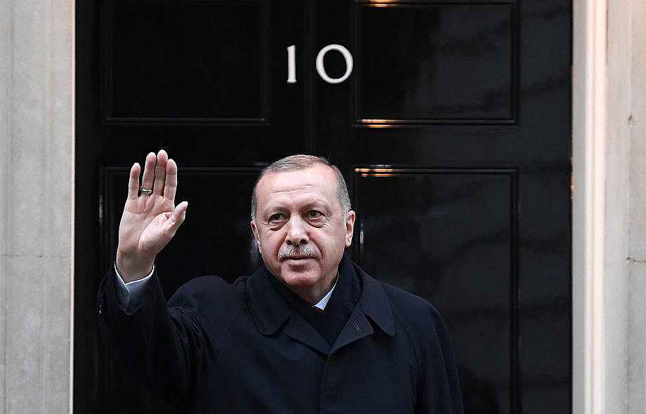 2019/12/cumhurbaskani-erdogan-downing-streette-20191203AW87-3.jpg