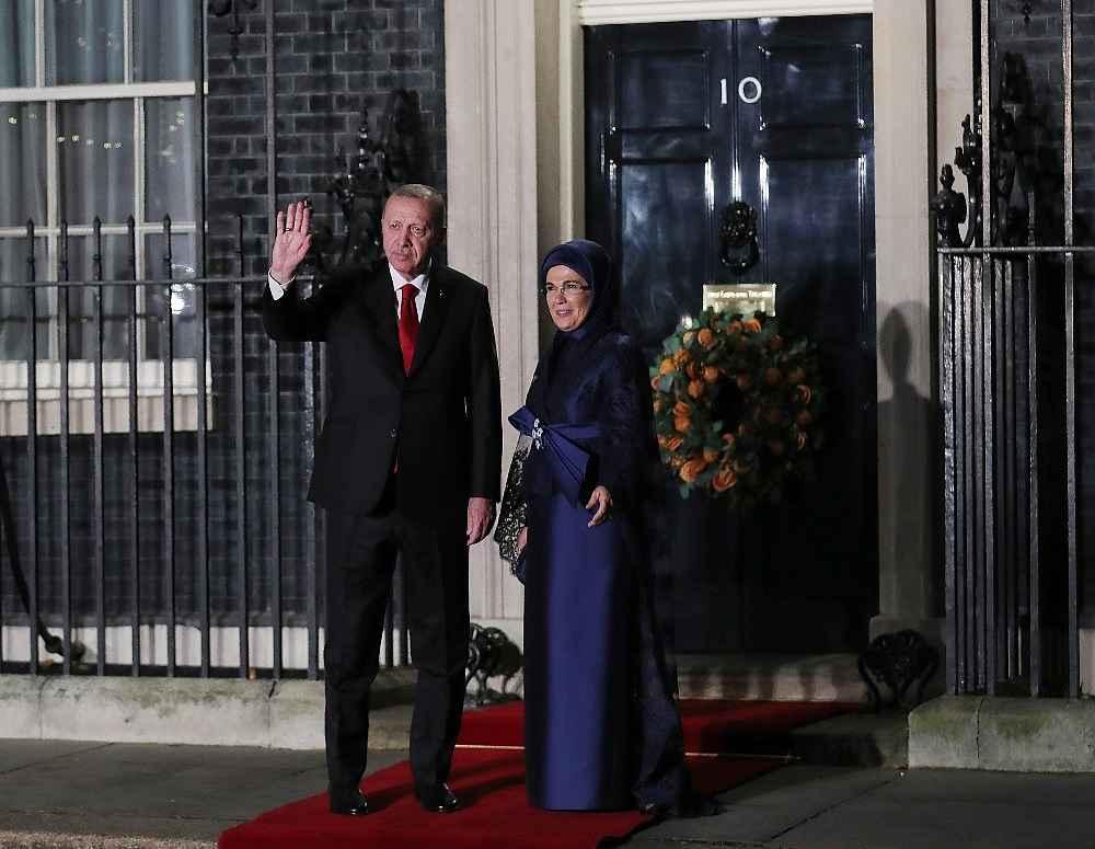 2019/12/cumhurbaskani-erdogan-liderler-aksam-yemegine-katildi-20191203AW87-2.jpg