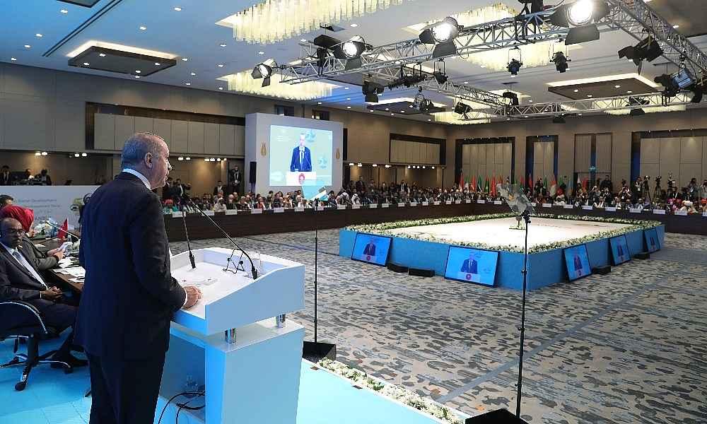 2019/12/cumhurbaskani-erdogandan-macrona-alma-mazlumun-ahini-cikar-aheste-aheste-20191209AW87-3.jpg