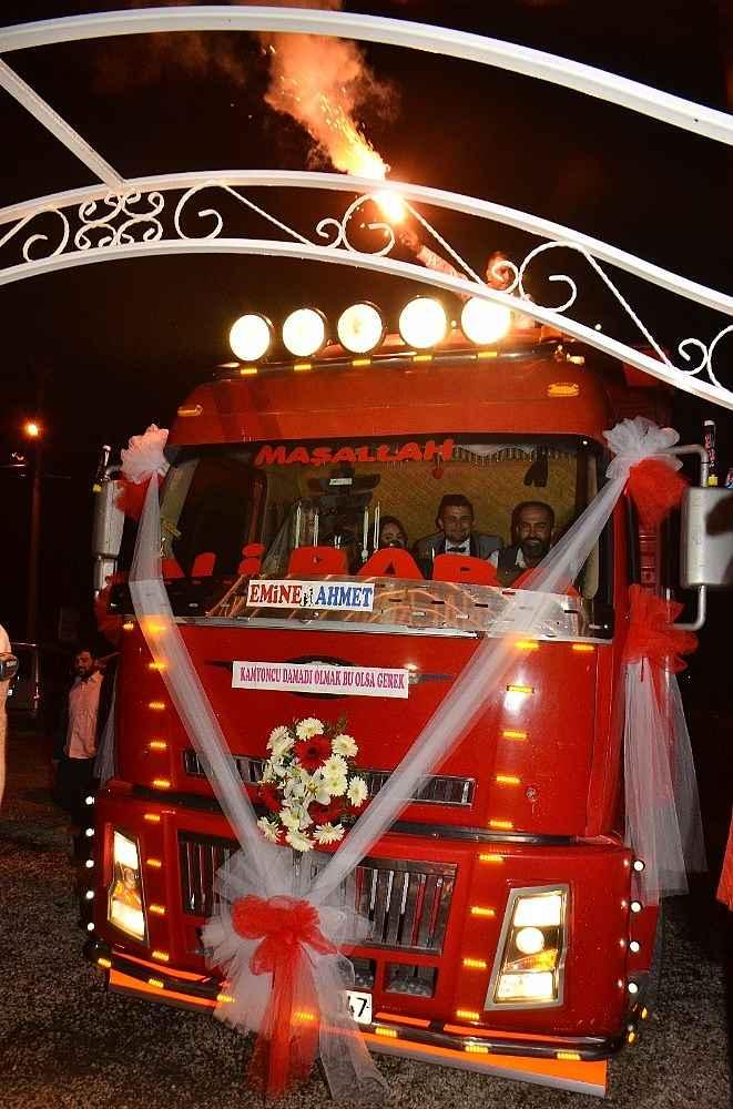 2019/12/kamyonu-gelin-arabasi-yaptilar-20191204AW87-5.jpg