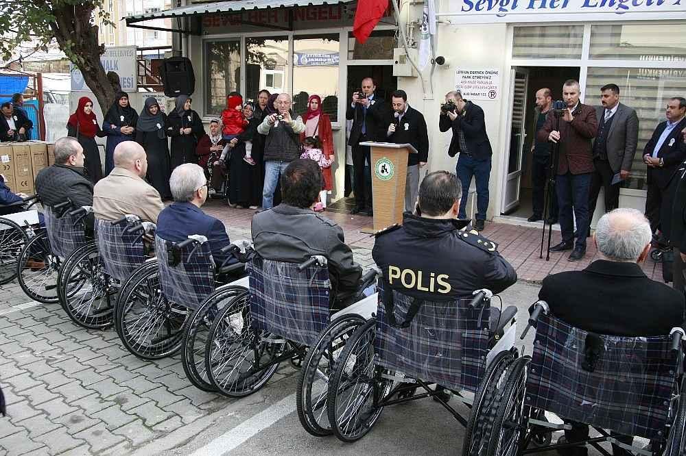 2019/12/protokol-koltugu-tekerlekli-sandalye-oldu---bursa-haberleri-20191203AW87-3.jpg