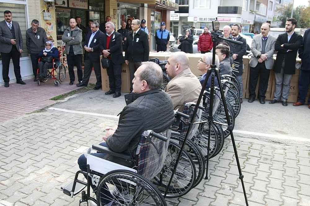 2019/12/protokol-koltugu-tekerlekli-sandalye-oldu---bursa-haberleri-20191203AW87-6.jpg