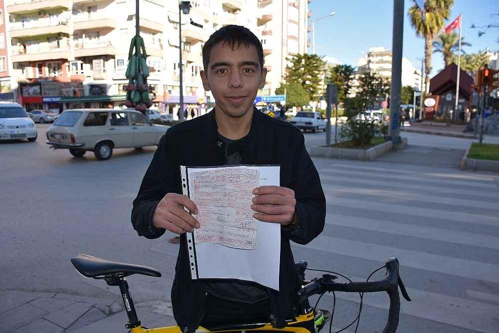 2020/01/bisikletiyle-kirmizi-isikta-gecti-420-tl-ceza-yedi-20200122AW91-1.jpg