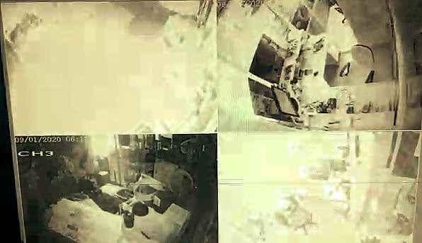 2020/01/sarjli-matkap-bomba-gibi-patladi-tezgah-savas-alanina-dondu-20200122AW91-3.jpg