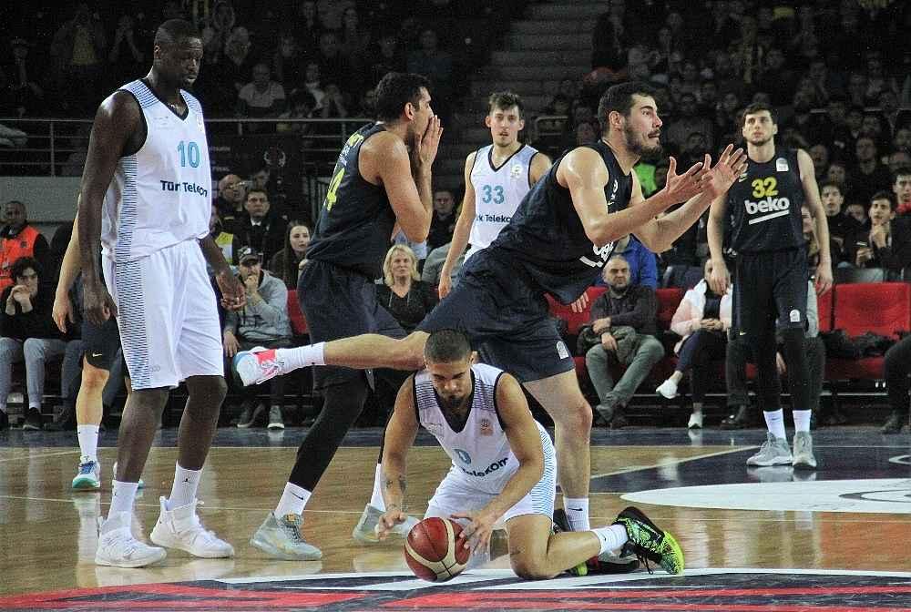 2020/02/basketbol-turkiye-kupasi-turk-telekom-81---fenerbahce-beko-83-20200214AW93-1.jpg
