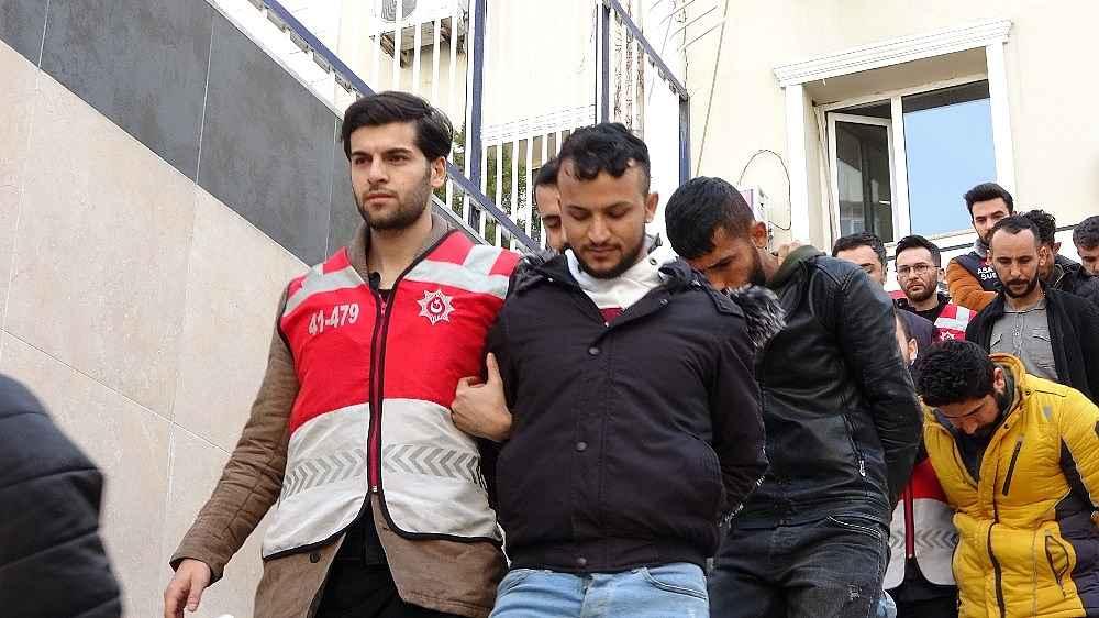 2020/02/istanbulda-6-milyonluk-vurgun-yapan-dolandiricilar-adliyede-20200214AW93-1.jpg
