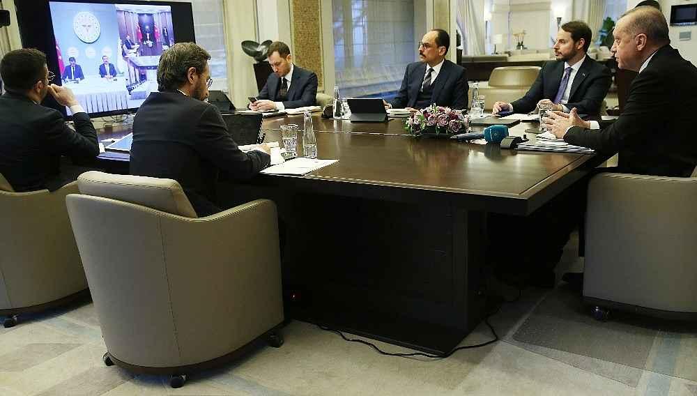 2020/03/cumhurbaskani-erdogan-bilim-kurulu-uyeleriyle-telekonferansla-gorustu-20200325AW97-1.jpg