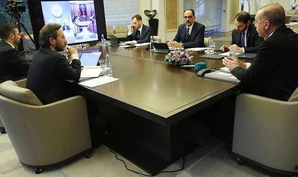 2020/03/cumhurbaskani-erdogan-bilim-kurulu-uyeleriyle-telekonferansla-gorustu-20200325AW97-3.jpg
