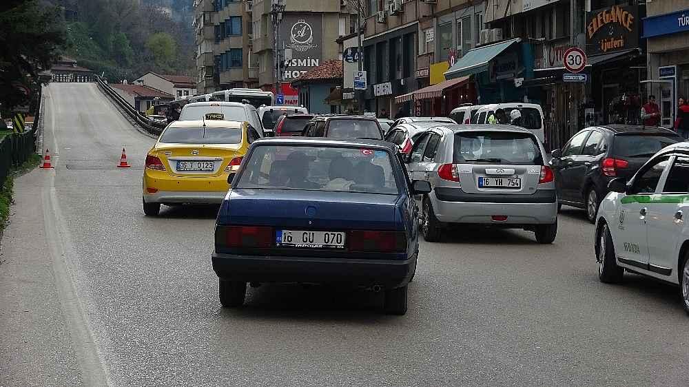 2020/03/evde-kal-cagrisina-uymayanlar-trafigi-kilitledi---bursa-haberleri-20200331AW97-14.jpg