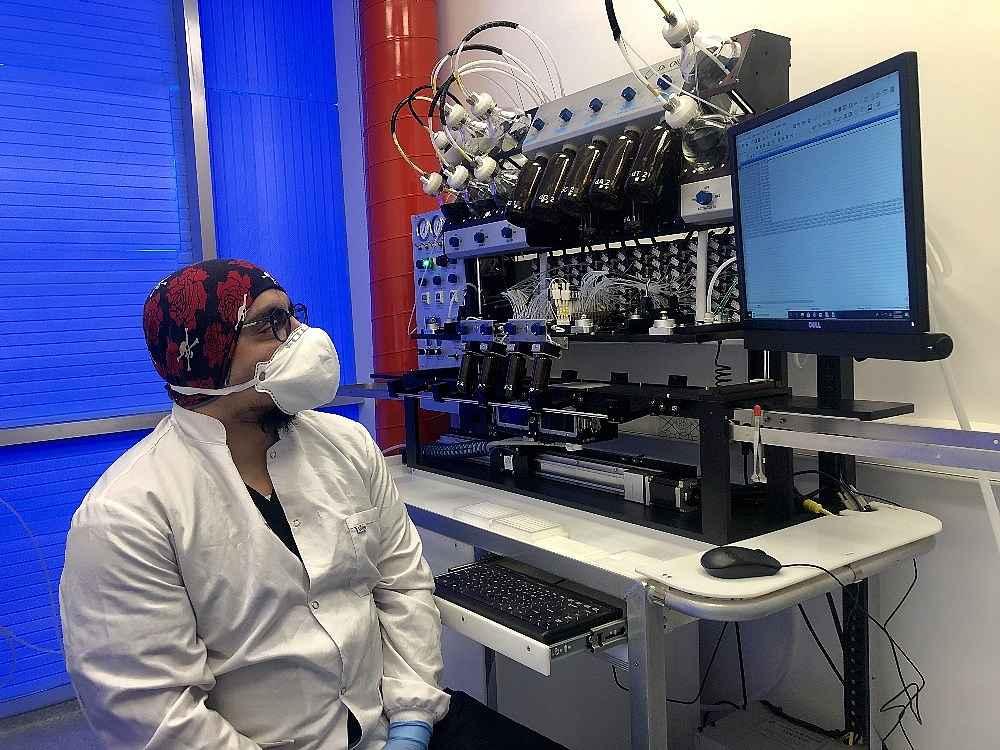 2020/03/turk-bilim-insanlarinin-urettigi-kit-10-20-dakikada-sonuc-veriyor-20200324AW97-4.jpg
