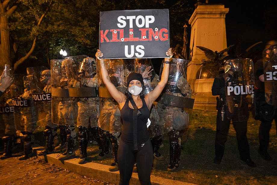 2020/05/abdnin-baskenti-washingtondaki-protestolarda-gerilim-suruyor-20200531AW02-3.jpg
