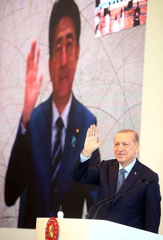 2020/05/cumhurbaskani-erdogan-artik-istanbul-uluslararasi-bir-saglik-merkezi-durumuna-gelmistir-20200521AW02-13.jpg