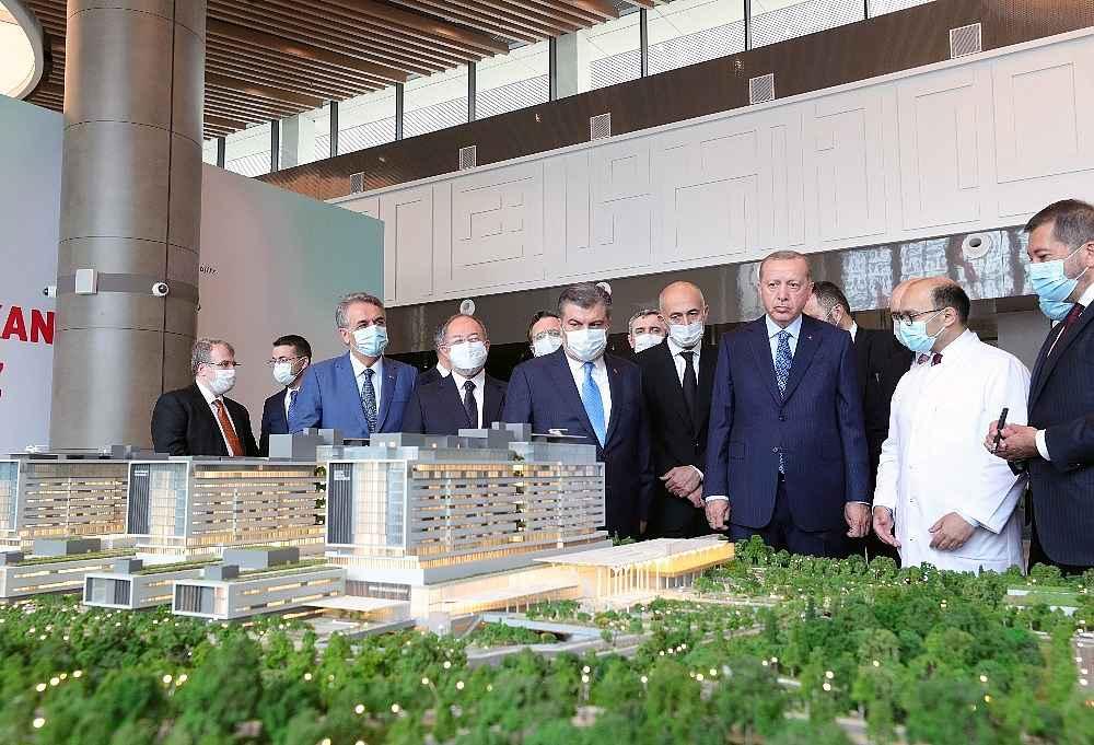 2020/05/cumhurbaskani-erdogan-artik-istanbul-uluslararasi-bir-saglik-merkezi-durumuna-gelmistir-20200521AW02-5.jpg
