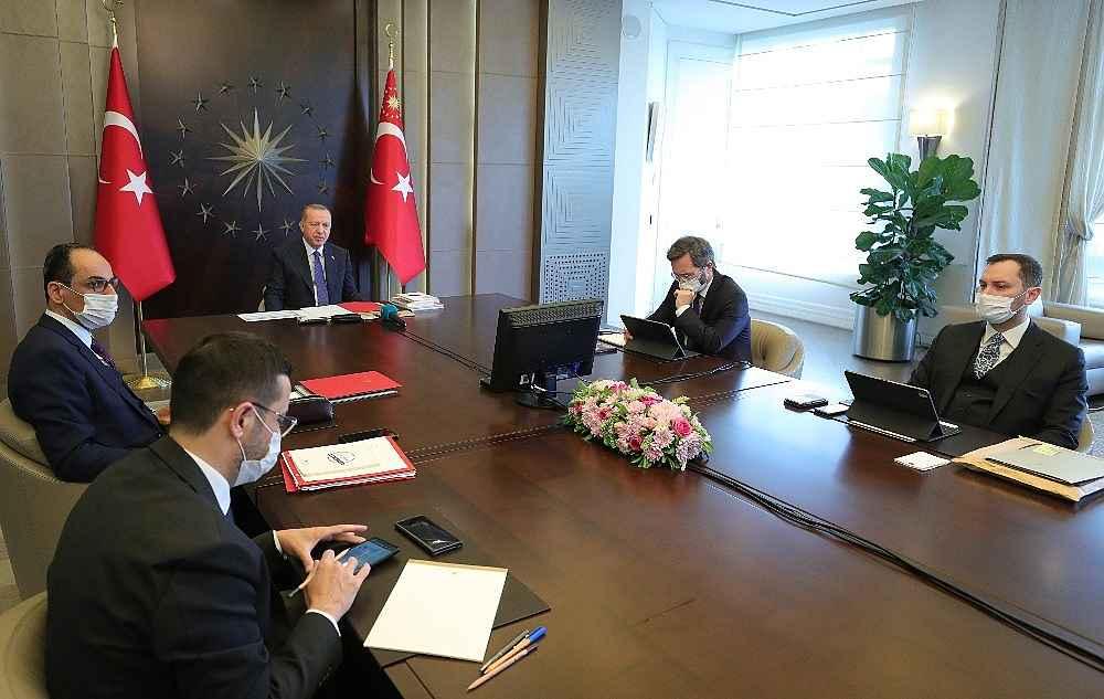 2020/05/cumhurbaskani-erdogan-salgin-ulkemizi-kasip-kavuracak-millet-isyan-edecek-hukumet-yikilacak-meydan-kendilerine-kalacak-20200522AW02-2.jpg