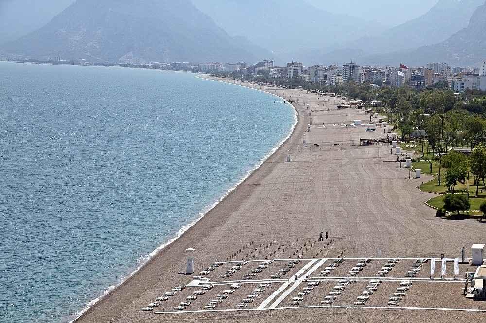 2020/05/hazirliklarin-tamamlandigi-dunyaca-unlu-sahilde-yuzde-70-doluluk-bekleniyor-20200531AW02-1.jpg