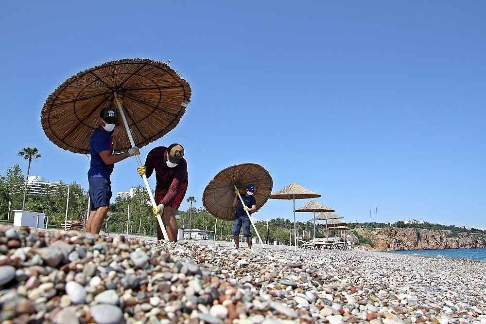 2020/05/hazirliklarin-tamamlandigi-dunyaca-unlu-sahilde-yuzde-70-doluluk-bekleniyor-20200531AW02-12.jpg