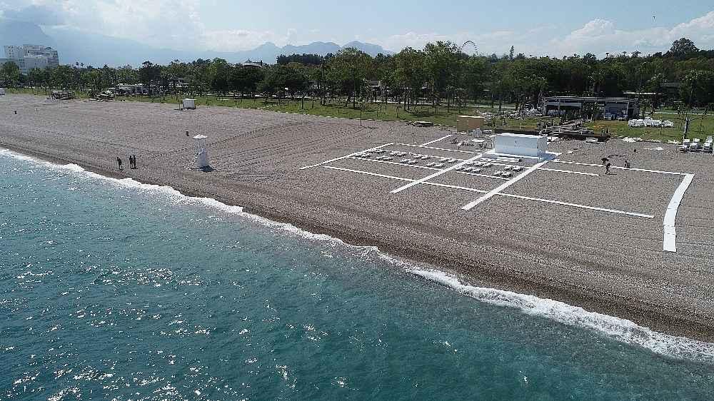 2020/05/hazirliklarin-tamamlandigi-dunyaca-unlu-sahilde-yuzde-70-doluluk-bekleniyor-20200531AW02-19.jpg