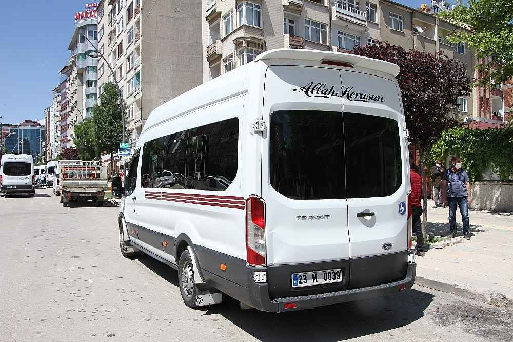 2020/06/maske-takin-dedigi-yolculardan-biri-minibus-soforu-bicaklandi-20200604AW03-4.jpg