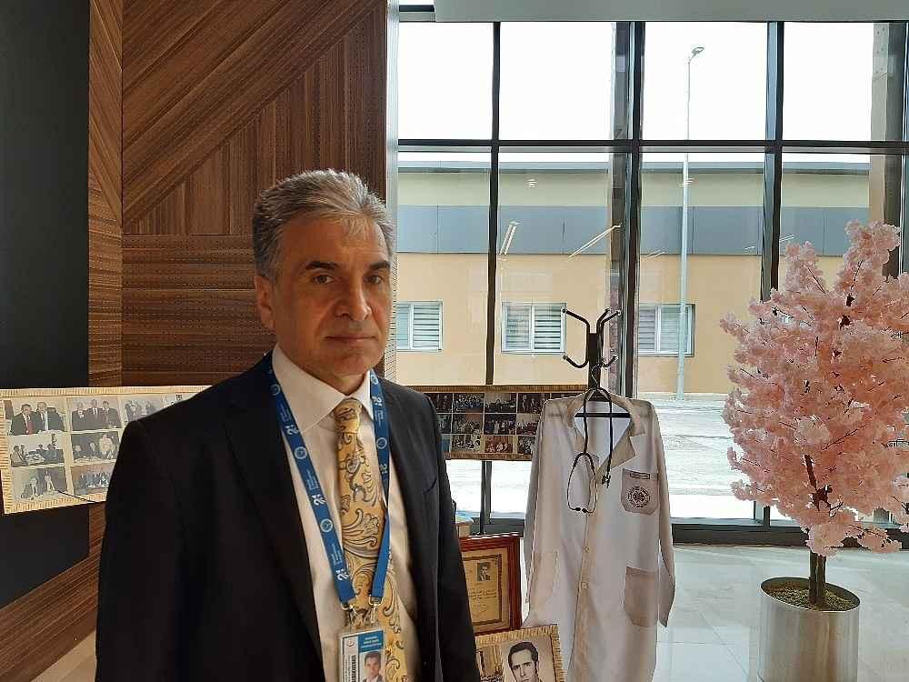 2020/06/prof-dr-murat-dilmener-acil-durum-hastanesinde-hasta-kabulune-baslandi-20200603AW03-17.jpg