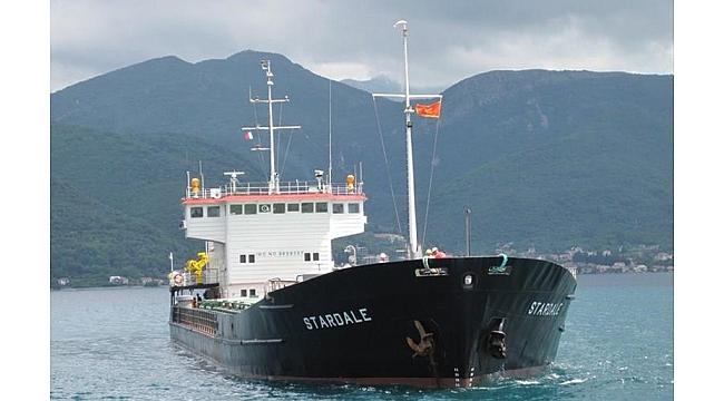 Sahipsiz gemi Gemlik'i tehdit ediyor