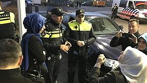 Başkonsolosluğa girişine izin verilmeyen Bakan Kaya, Hollanda polisi ile tartıştı