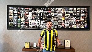 Fenerbahçe Mauricio Isla'ya resmi imzayı attırdı