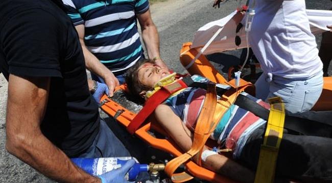 Bursa'da feci kaza: 2'si ağır 6 yaralı!