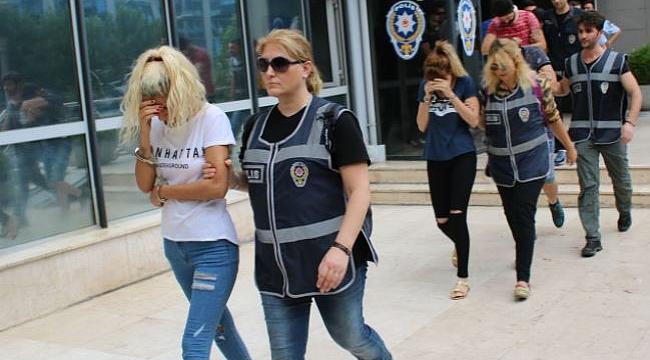 Bursa'da ilden ile kadın transferi yapılan fuhuş operasyonunda 10 kişi tutuklandı!
