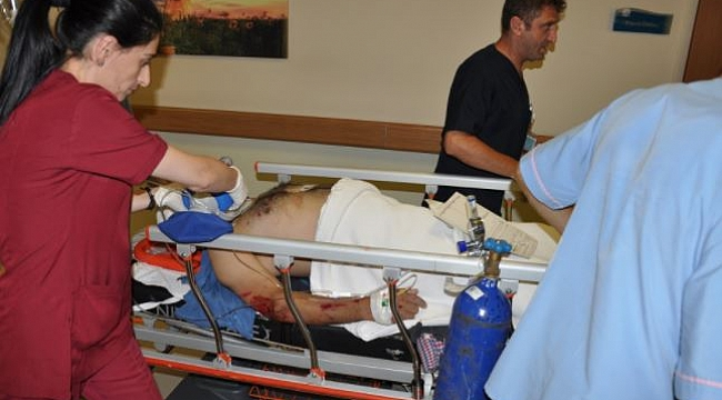 Motosikletin Çarptığı Yaya Yaralandı, Sürücü Öldü