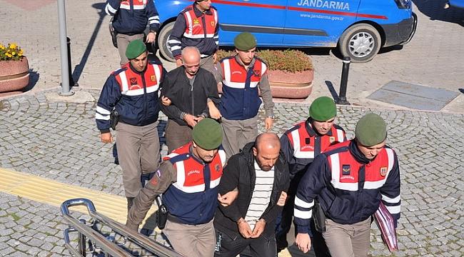 Bursa'da aile boyu meyve hırsızlığı