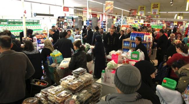 Bursa'da alışveriş çılgınlığı yaşandı - Bursa Haberleri