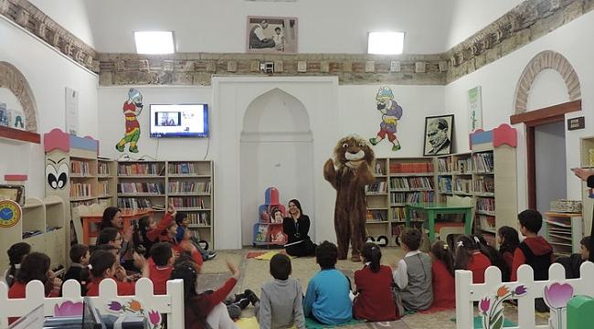Kütüphanelerde çocuk sesleri yükseliyor - Bursa Haberleri