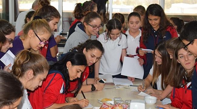 Nilüfer'in sultanları öğrencilerle panelde buluştu - Bursa Haberleri