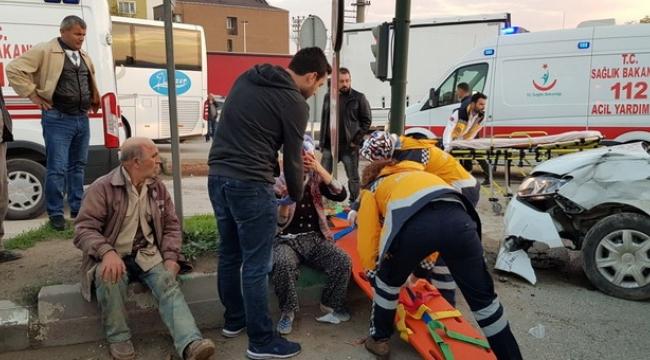 TIR ile otomobil çarpıştığı kazada can pazarı yaşandı - Bursa Haberleri