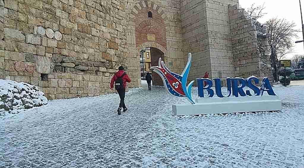 Bursa'ya lapa lapa kar beklentisi başka tarihe kaldı - Bursa Haberleri