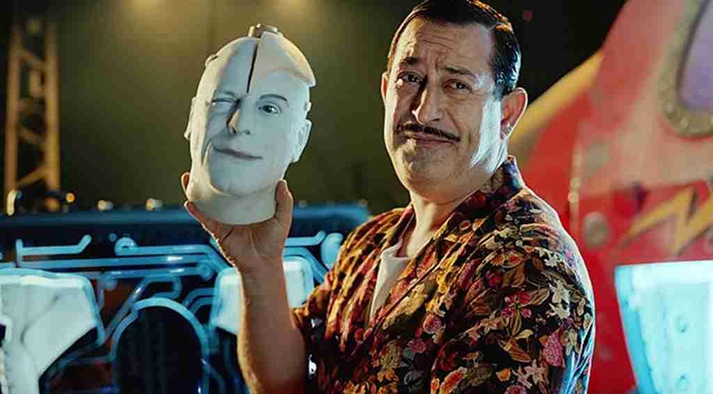 Cem Yılmaz'ın filmi Arif V 216 rekora koşuyor, 2 milyon izleyiciye ulaştı