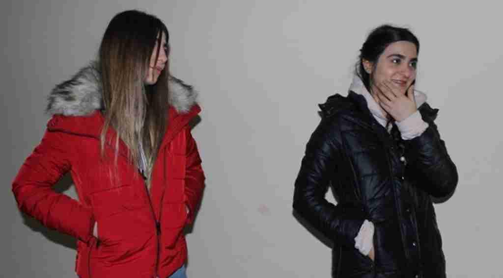 Doğanbey konutları asansöründe mahsur kalan kızları itfaiye kurtardı - Bursa Haberleri