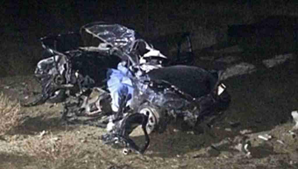 Yola fırlayan köpeğin neden olduğu feci trafik kazasında 2 kişi öldü