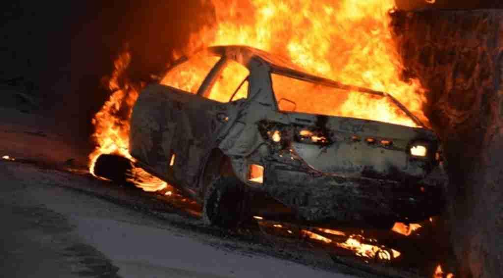 Kan donduran kaza, 5 kişi yanarak can verdi