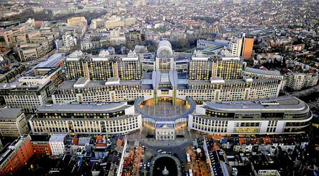 Kırmızı listeye eklenen Salih Müslim Brüksel'de
