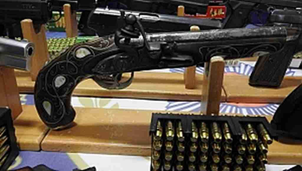 Silah kaçakçılarına büyük darbe: 61 gözaltı - Bursa Haberleri