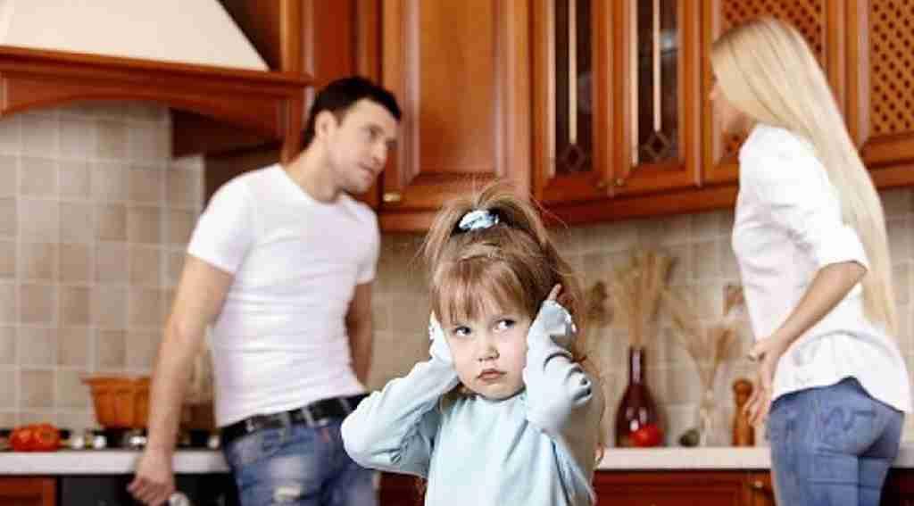 boşanan ailelerin çocukları ile ilgili görsel sonucu