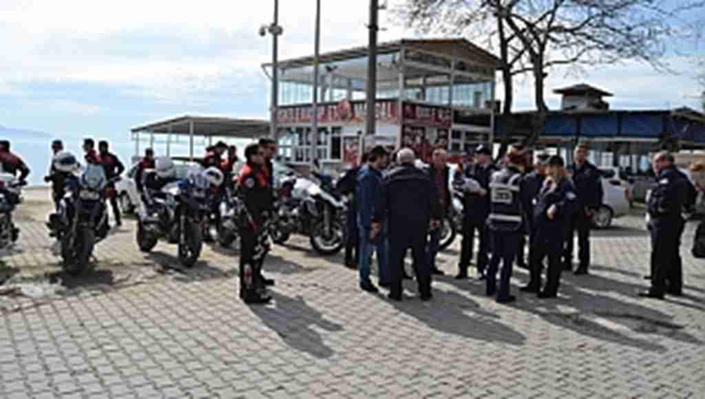 Gemlik'te 300 polis ile huzur uygulaması - Bursa Haberleri