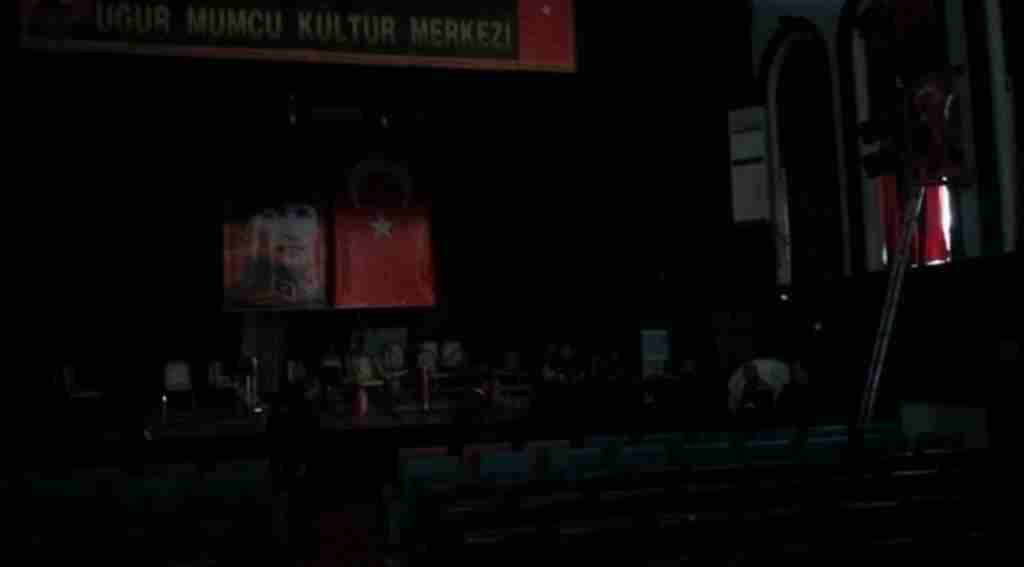 Kültür merkezinde korkutan yangın - Bursa Haberleri