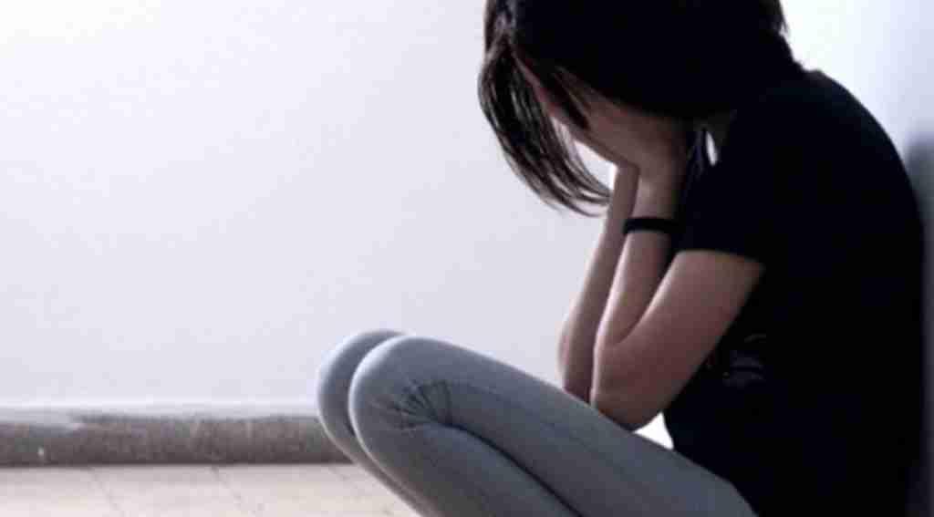 Liseli kızı taciz edince dayak yiyen şüpheli serbest kaldı