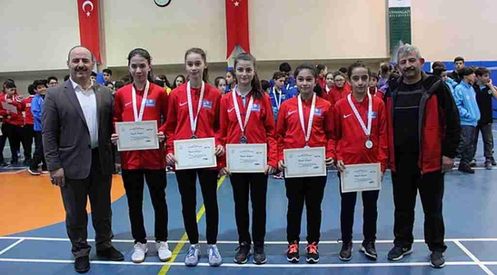 Osmangazi'de badminton heyecanı - Bursa Haberleri