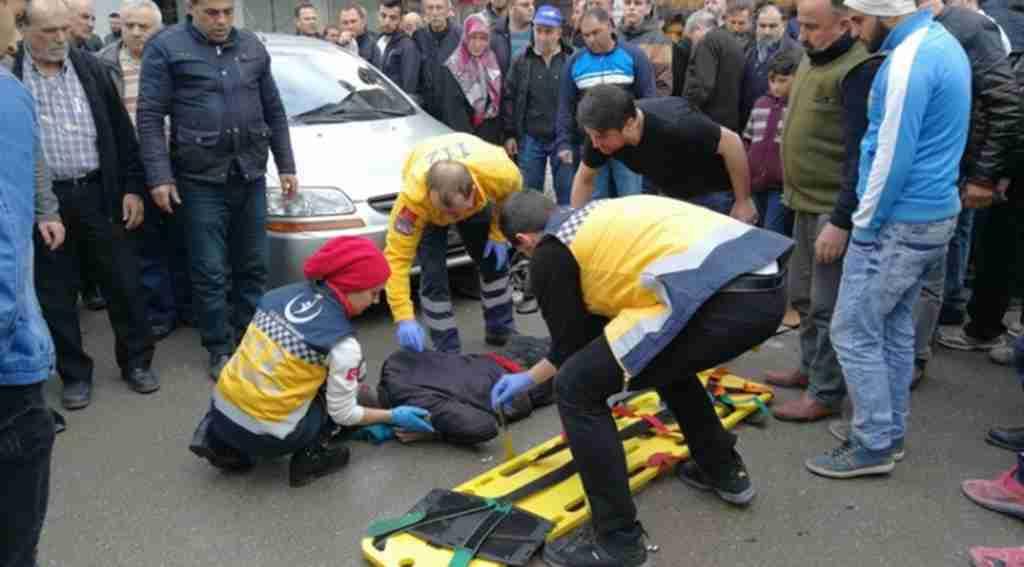 Otomobile çarpan motosiklet sürücüsü yaralandı - Bursa Haberleri