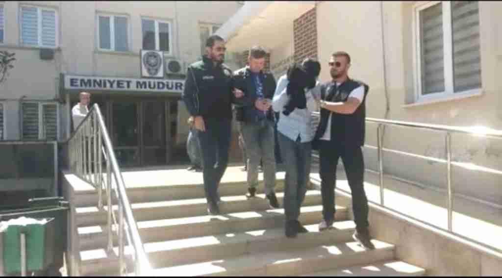 Bursa'da 2 Tabanca ve 20 Çıkın Uyuşturucuyla Yakalandılar - Bursa Haberleri