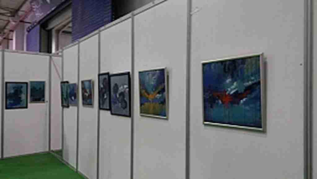 Ressam Hacer Karaçor 6. kişisel sergisini sanatseverler ile buluşturdu - Bursa Haberleri